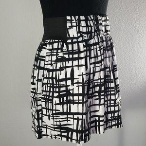BCX Black & White Skirt - Preloved